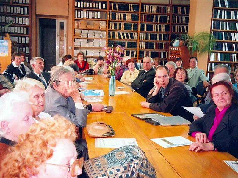 На краєзнавчі читання крім членів клубу приходить багато слухачів, яких цікавить та чи інша тема виступу