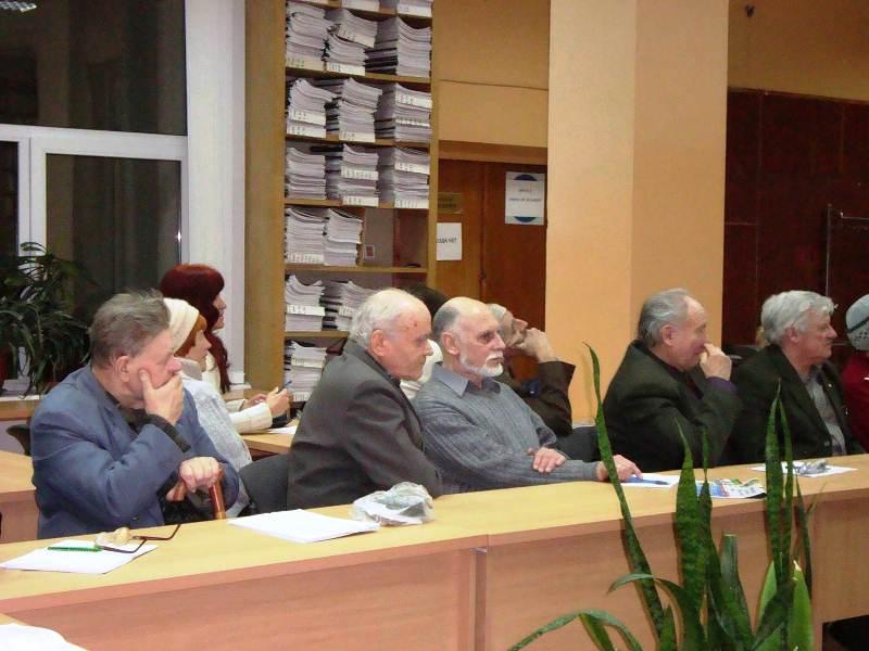 Під час читань. Зліва направо - В.П.Шилов, О.Д.Харченко, В.Л.Жулідов, О.М.Абдула, В.О.Черноморець.